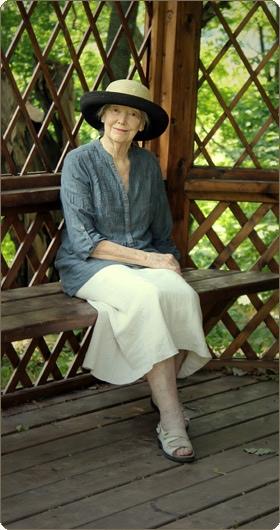 Как выглядит настоящая любовь к русской поэзии. Сегодня Мэри Хобсон 92 и она продолжает переводить Пушкина.