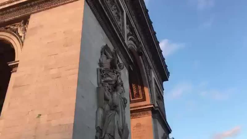 16 03 19 Paris à vibré aujourd'hui Regarde l'état Acte18 mp4