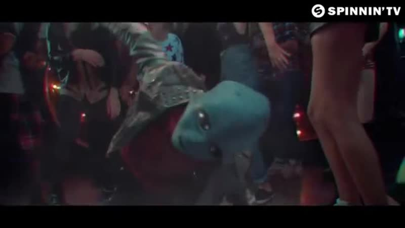 Alok, Bruno Martini, Zeeba Never Let Me Go (Official Music Video)