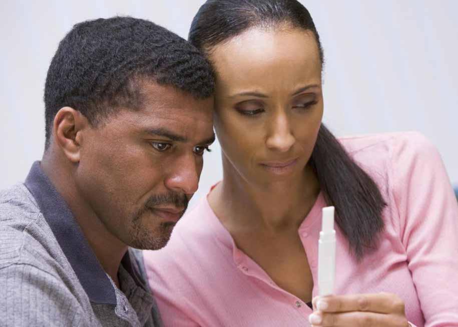 Домашний тест на беременность - это дешевый и простой способ определить, беременна ли женщина после проявления симптомов беременности.