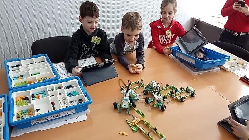 Детский центр робототехники Умник Битва роботов тягачей часть 5 и 6