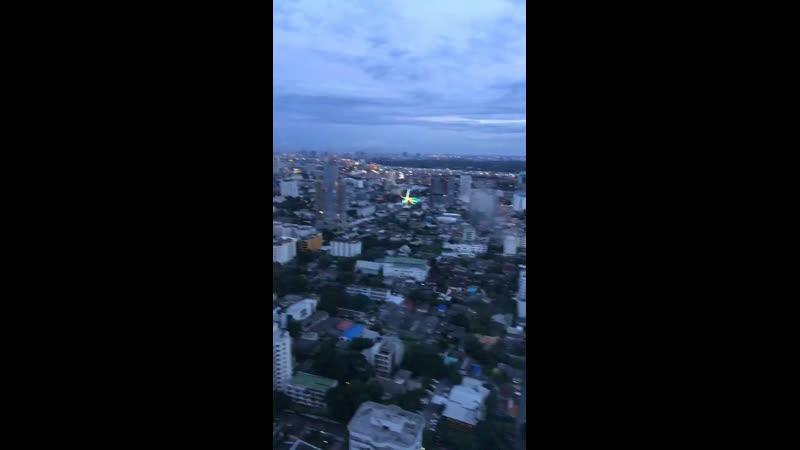 Они прилетели! НЛО)) в 🌏 Бангкок