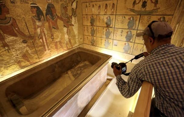 Кварцитовый бюст Тутанхамона. Оскверненная память молодого фараона