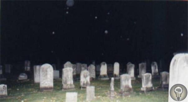 Дадлитаун мертвая зона Дадлитаун небольшой заброшенный городок в округе Корнуолл (США, штат Коннектикут) издавна пользуется дурной славой. Причиной тому бесконечная череда загадочных смертей,