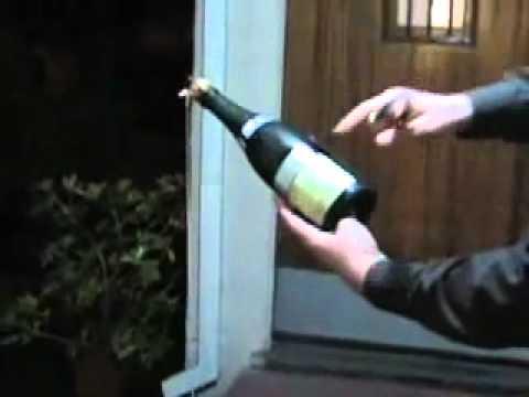 Sabrage - modo seguro de abrir champagne com uma espada ou faca