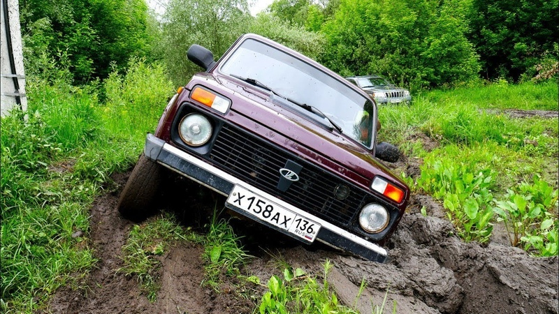 Владелец НИВЫ сошел с УМА Нивы против Mitsubishi L200, Jeep Grand Cherokee, Kia Sportage