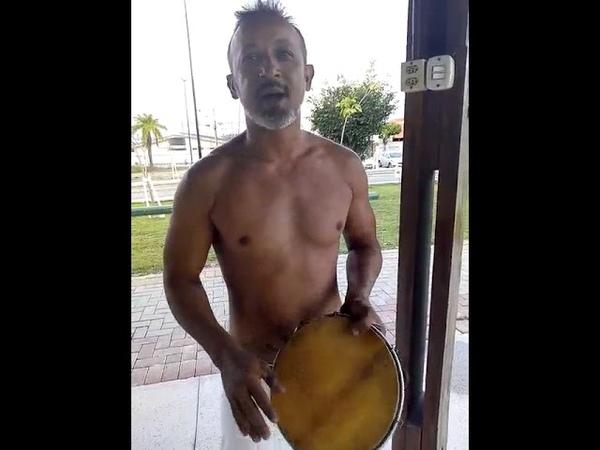Música de capoeira Nem ouro nem prata