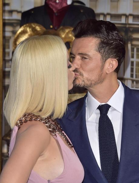Орландо Блум убежден, что его брак с Кэти Перри не закончится разводом В этот четверг Орландо Блум и Кэти Перри впервые за долгое время вместе вышли на красную дорожку на премьере сериала