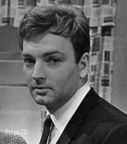 Михаил Державин, сегодня его день рождения  Какой ваш любимый фильм с ним