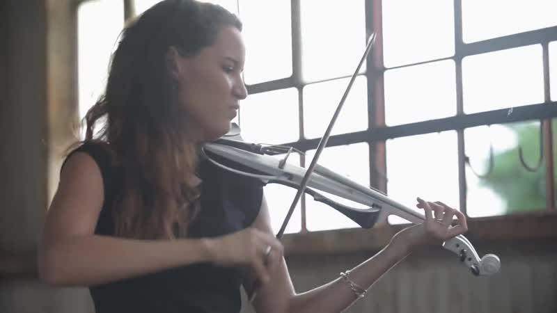 Despacito (Luis Fonsi ft. Daddy Yankee) - Electric Violin Cover ¦ Caitlin De Ville