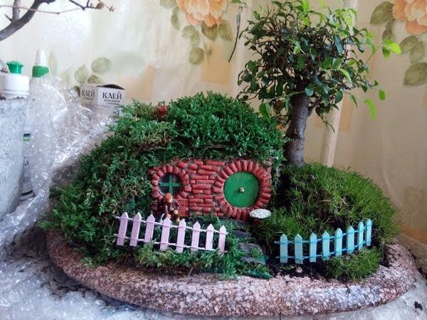 Домик хоббита 1 48 под сенью бонсай Hobbit House 1 48 under the live Bonsai