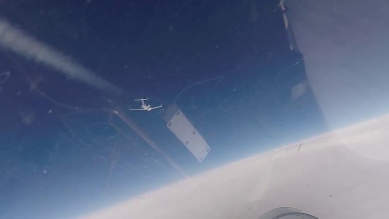 Перехват самолетов-разведчиков НАТО российским Су-27 над Балтийским морем