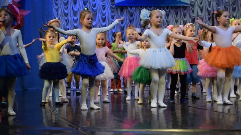 Дебют нашей доченьки на сцене ДК Дружба Серебряные Нотки 2019