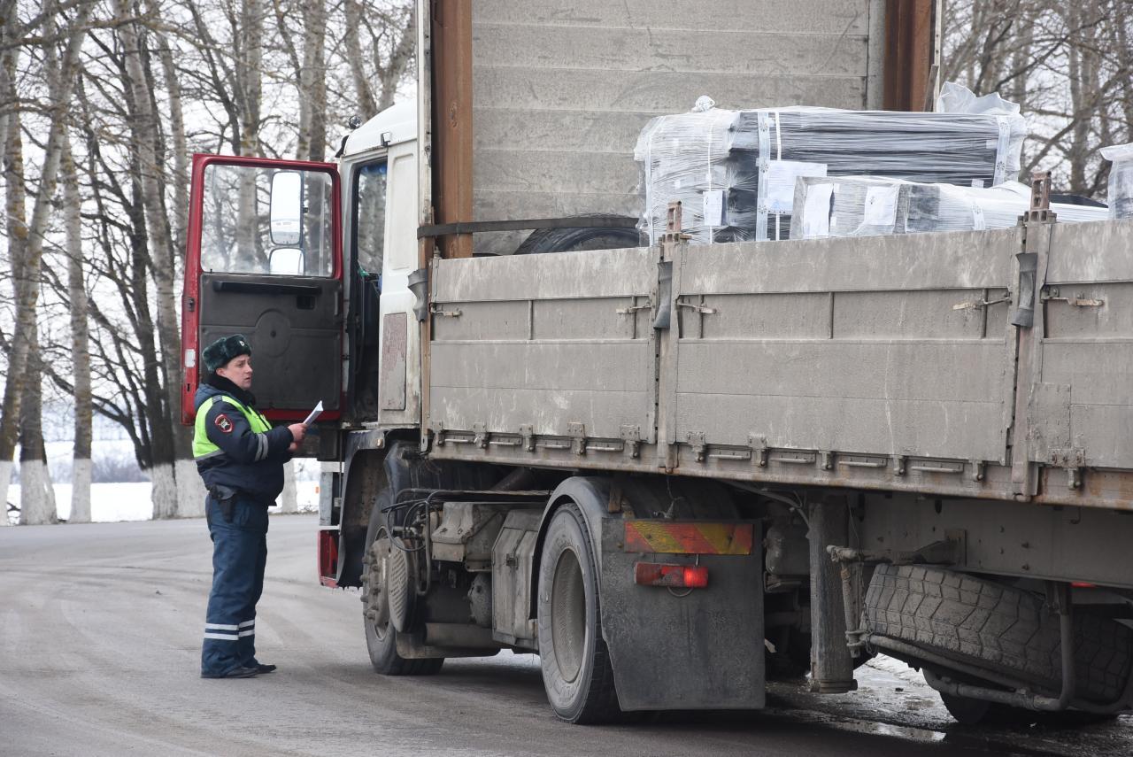 В Курской области будут штрафовать большегрузы за перевес