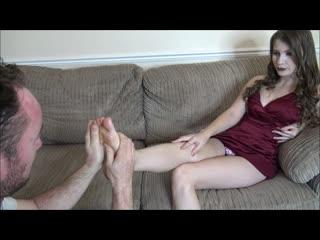 Brook logan - slave gary worships my feet princess mistress femdom