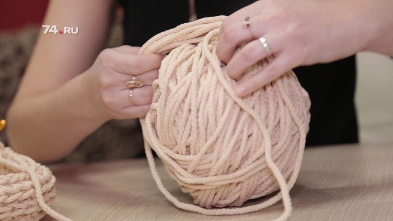 Челябинка вяжет ажурные ковры
