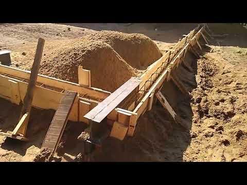 Комбинированный фундамент под металлоконструкцию и финский каркас.