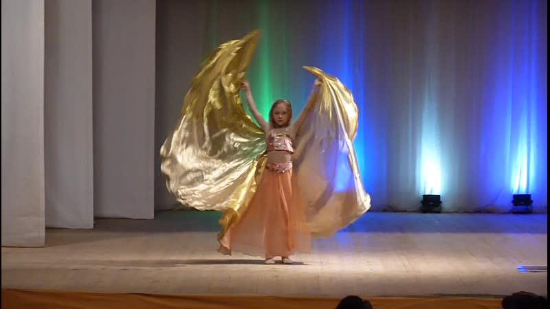 Котина Софья II место в номинации Шоу ориенталь дети соло