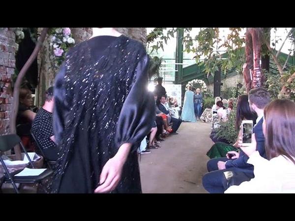 Айша и Мадина Аршаевы на Russia Modest Fashion Week