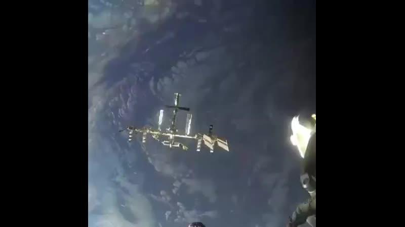 Стыковка с МКС Ускоренное видео