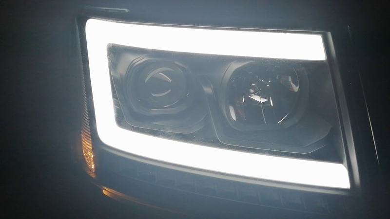 LED DRL Sequential Turn Signal Projector Headlight Lamps for 07 14 Chevy Tahoe Suburban Avalanche