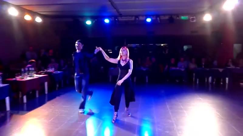 Танго Нуэво: Andrea y Blas (Bailarines de Eslovenia) en la Viruta Tango de Solanas - Sabado 2