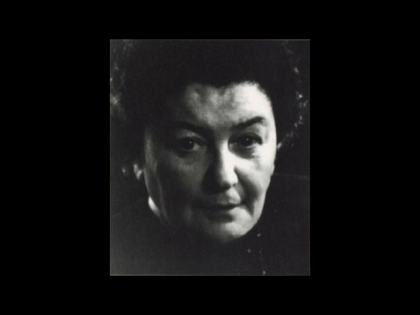 Maria Grinberg plays Bach Liszt Prelude Fugue in A minor BWV 543 live 1976