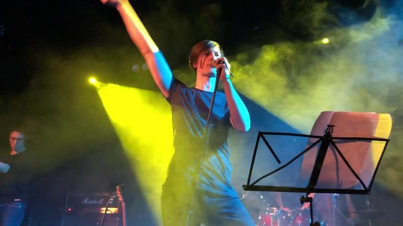 Отчетный концерт школы OK! Play — I Want to Break Free (Queen cover)