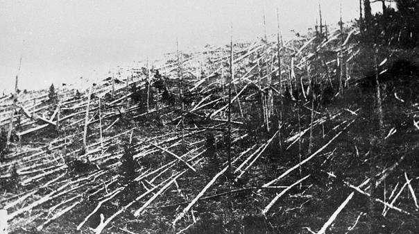 САМЫЕ ИЗВЕСТНЫЕ МЕТЕОРИТЫ НА ЗЕМЛЕ В 1790 году было впервые зафиксировано падение метеорита на Землю. Правда, ученые из Парижской академии наук признали факт столкновения комического тела с