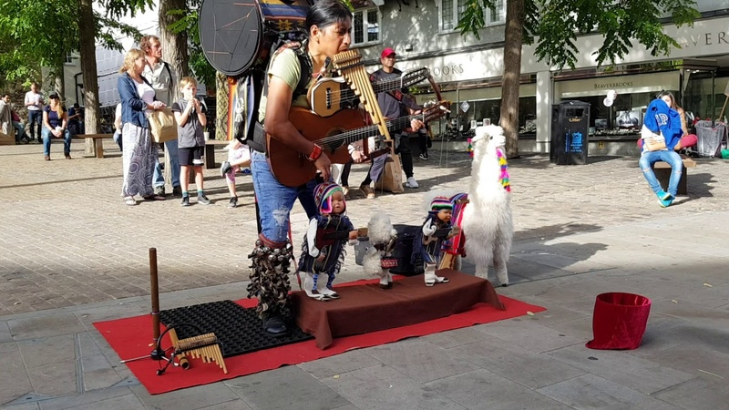Peruvian One Man Band Busker Puppet, pan flute music, real talent addictive MUSIC El Cóndor pasa