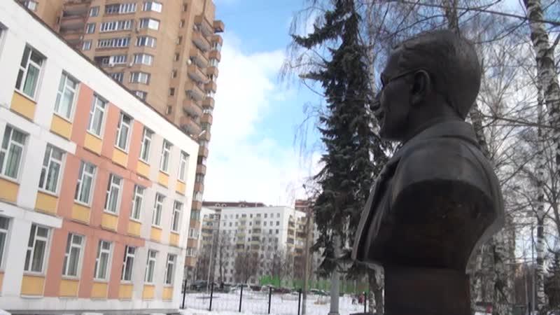 ШКОЛА 656. Фильм о традициях А.С.Макаренко в нашей школе