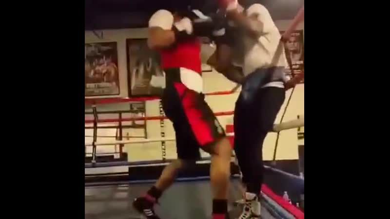 Errol Spence Jr sparring ■