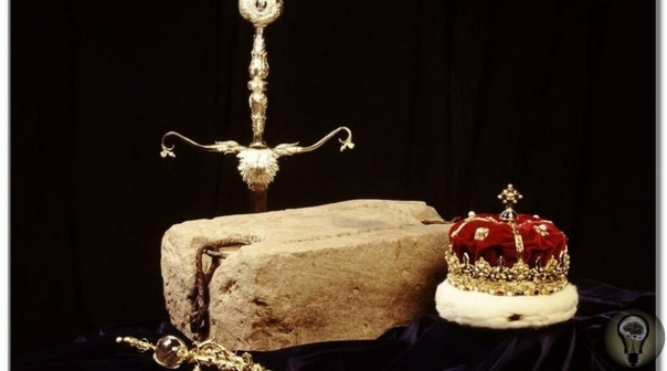 Скунский камень Несмотря на всеобщую победу демократии, в старушке Европе до сих пор существует несколько монархических государств. И Великобритания среди них, безусловно, самая знаменитая.За