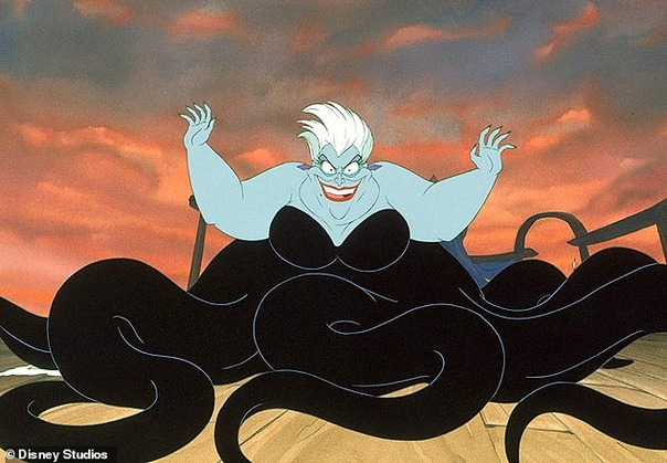 СМИ: Мелисса Маккарти ведёт переговоры о роли Урсулы в киноадаптации «Русалочки» Издание Variety c ссылкой на источники сообщает, что Disney ведёт переговоры с актрисой Мелисcой Маккарти