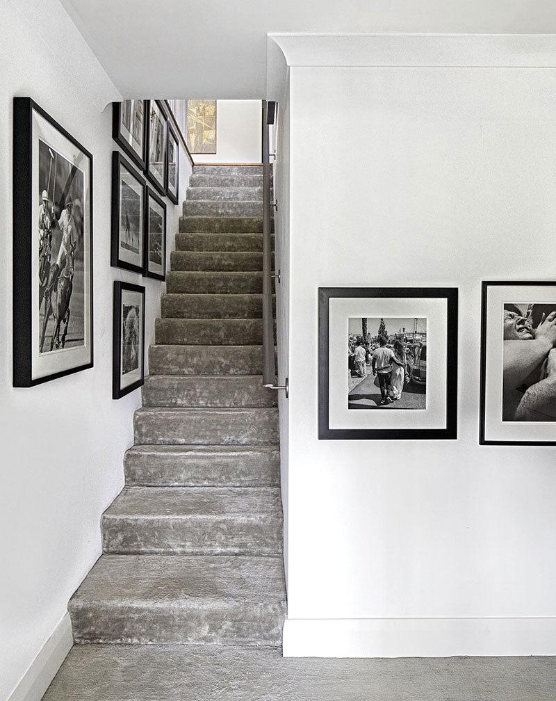 Спокойный интерьер дизайнера ковров Ben Soleimani