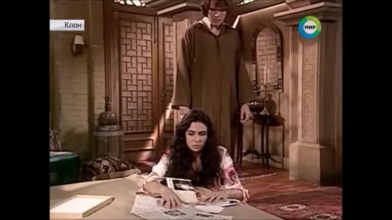 Саид показывает Жади фотографии Лукаса с Маизой