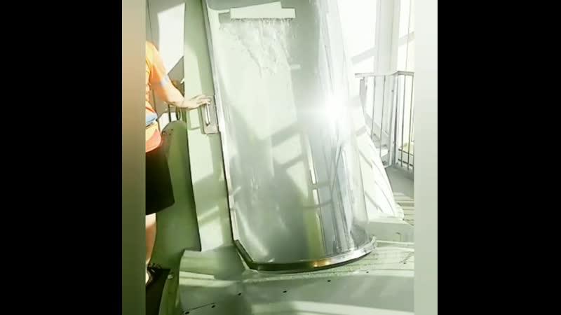Ульяновск. Аквапарк, аттракцион ракета
