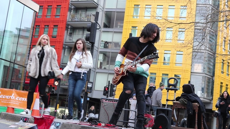 MUITO BOOMMM!! Miguel Montalban - Stairway To Heaven - Denmark Street Festival - London - Live - 09/12/17