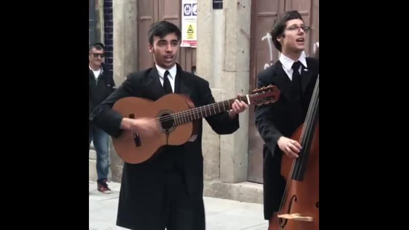 Уличные музыканты в Порту