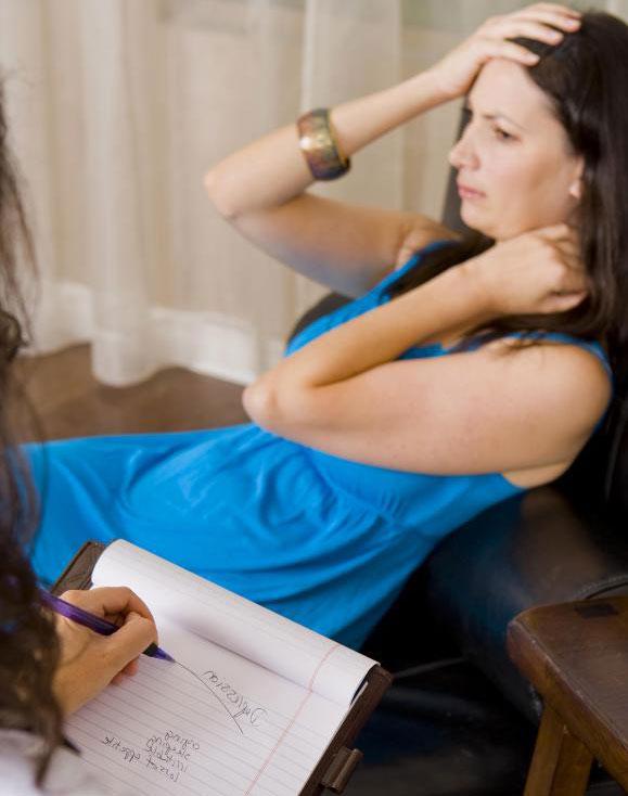 Врач может назначить рисперидон для лечения нескольких психиатрических заболеваний.