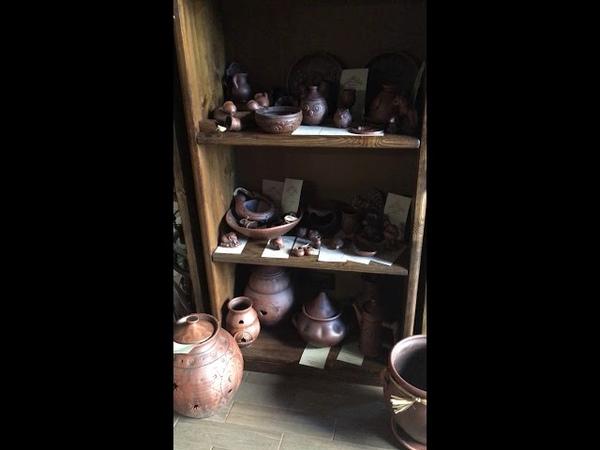 Глиняная утварь в магазине Кудеса Чудеса