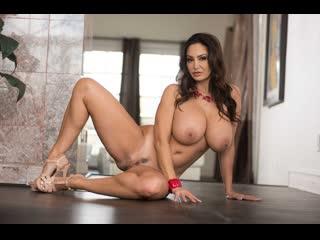 Ava addams (sucking the sitter) секс порно