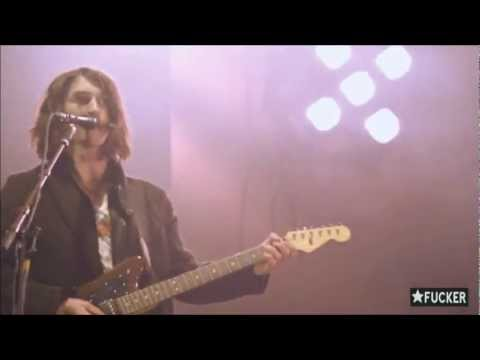 Arctic Monkeys - Fluorescent Adolescent/Strange (Patsy Cline cover) - MTV Winter Valencia 2009  HD 