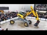 Сказочная акробатика на BAUMA 2019 Шагающий экскаватор Menzi Muck M545 нового поколения Generation X