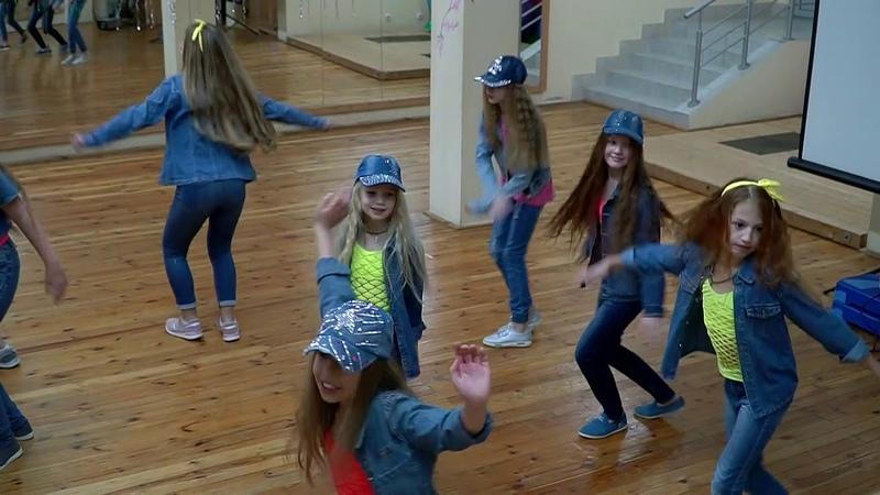 Студия танца и пластики Elissar Dance Mix новогодний отчетник фьюжен восток хипхоп