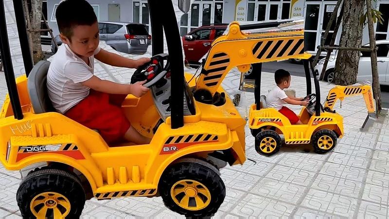 Em Cò tập lái ô tô cần cẩu Lần đầu tiên em Cò lái ô tô cần cẩu thành công