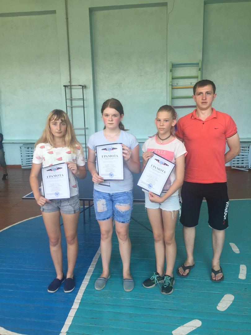 В Петровском районе состоялся турнир по настольному теннису среди воспитанников пришкольных лагерей с дневным пребыванием