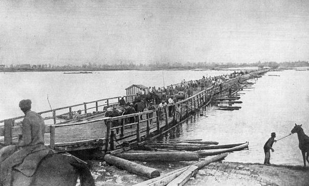 АНТИХРИСТ ПРОТИВ СУВОРОВА 16 октября 1920 года завершилось трехдневное сражение за Каховский плацдарм - последняя попытка белой армии барона Врангеля перейти в контрнаступление и перехватить
