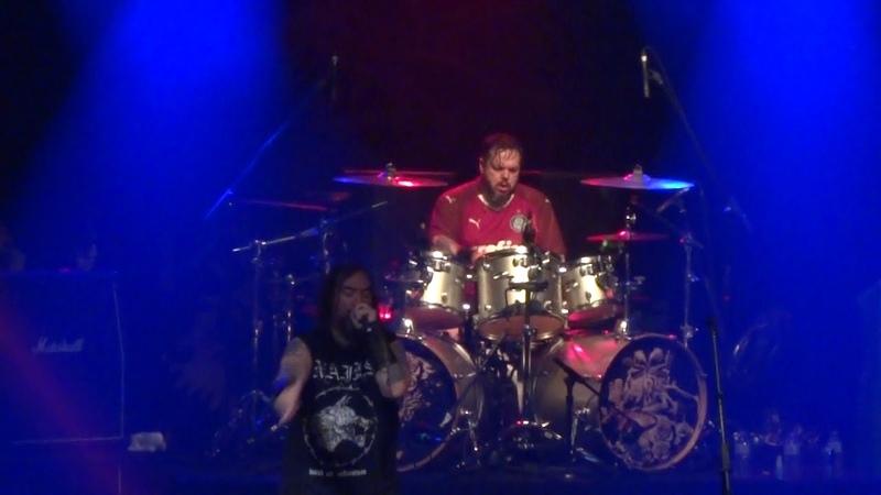 Max e Igor Cavalera - Sepultura - Dirty Deeds Done Dirt Cheap - AC DC - 16 06 19