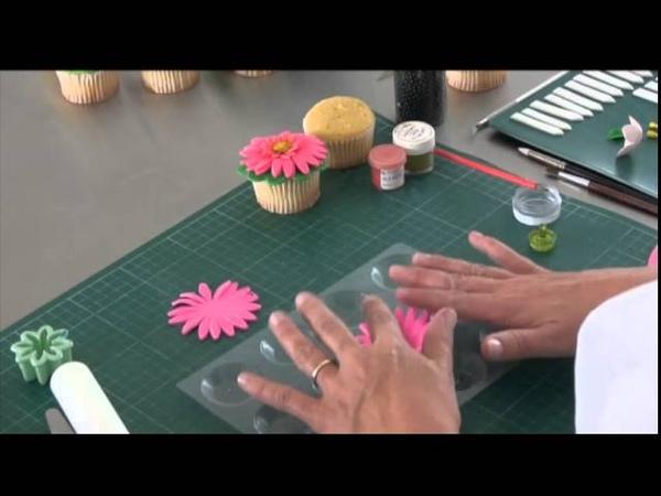 Flores de fondant Satin Ice para tus Cupcakes
